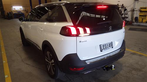 PEUGEOT 5008 STATIONWAGON 2017-CURRENT